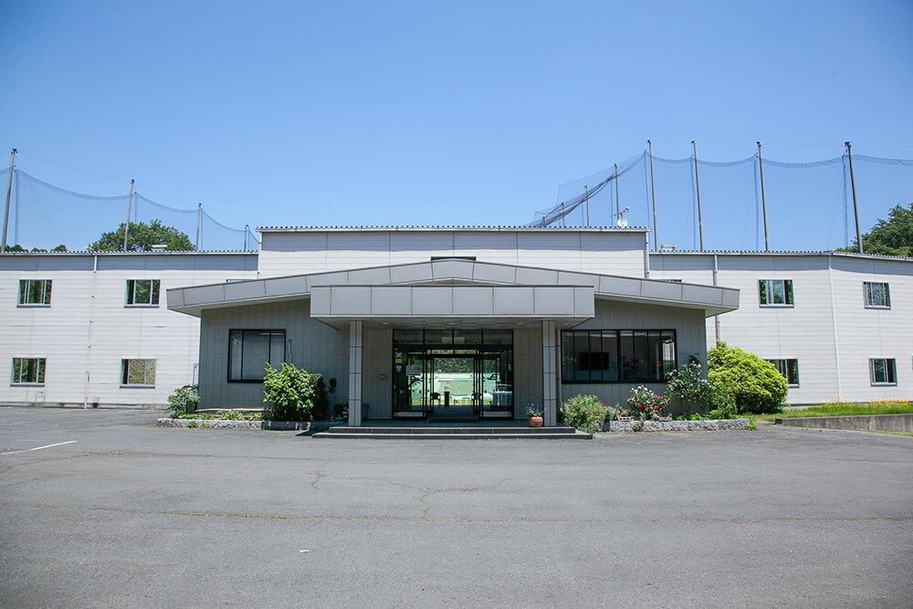 イーグルゴルフセンター正面玄関